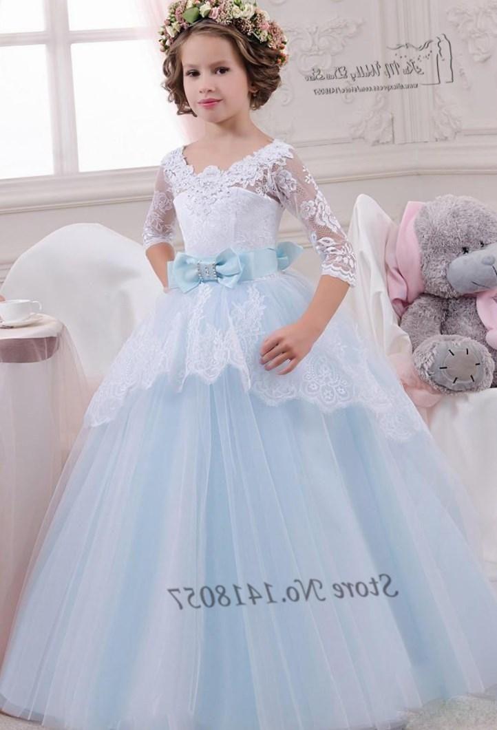 Свадебные платья 2016 фото на детей - http://1svadebnoeplate.ru/svadebnye-platja-2016-foto-na-detej-3470/ #свадьба #платье #свадебноеплатье #торжество #невеста