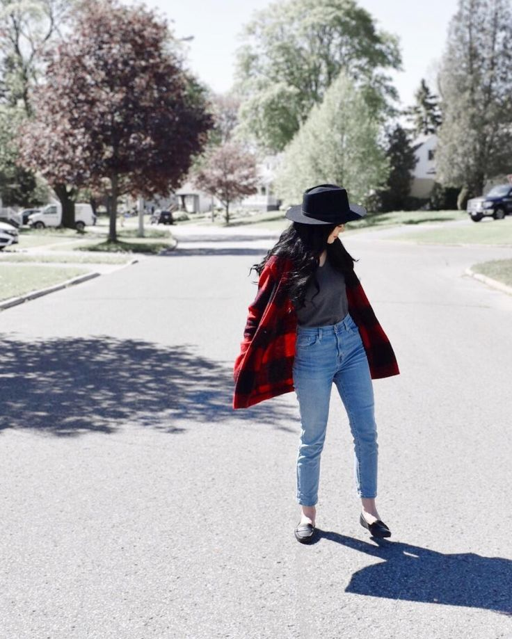 Plaid jacket #plaid #coat #jacket #myaritzia #outfit #inspiration #mom #jeans #urbanoutfitters #yellow108 #fedora #hat  #outfits #outfit #inspiration #lookbook #zara #photography #longhair #bangs  #hairstyle #curlyhair