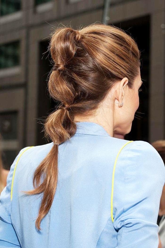 7 Effortless Hairstyles for Frizzy Hair via @ByrdieBeauty