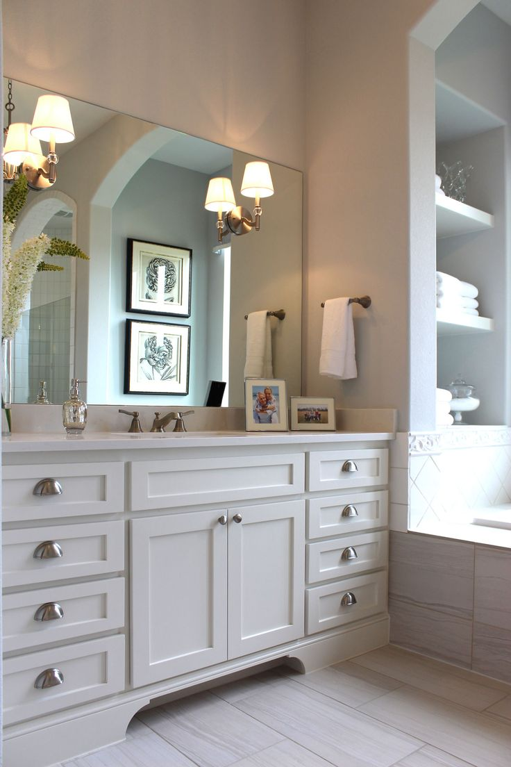 Bathroom cabinets austin - White Shaker Style Master Bath Cabinets By Builder Direct Cabinet Maker Burrows Cabinets In Austin