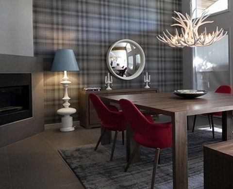 A more modern looking Scottish Hunting Lodge look. May be too modern for my taste I especially dislike the table and chairs. Tartan wallpaper Scottish Cage In The Interior | Decor Advisor