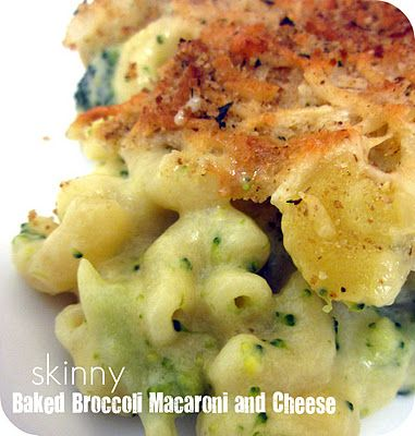 {Skinny} Baked Broccoli Macaroni and Cheese Recipe- a healthy take on my favorite comfort food!