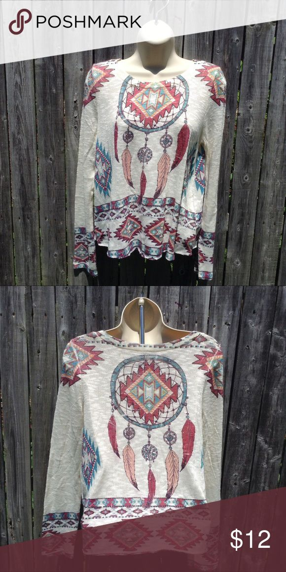 Dream Catcher Crochet Tee This is a beatific creative Crochet Dream Catcher Tee. Never been worn and is in perfect condition. Tops Tees - Long Sleeve