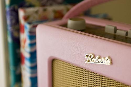 groovy pink radio