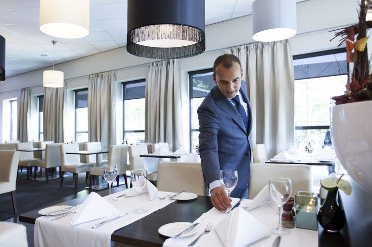 U bent iedere dag van harte welkom in ons sfeervolle restaurant om te genieten van een heerlijke lunch of diner.