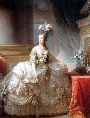 Marie Antoinette  오스트리아 공주였던 마리 앙트와네트는 루이 16세의 왕비로, 프랑스 재정이 힘든 시기에 일년에 약 150벌의 의상, 보석과 그를 위한 경비를 40,000불에 이를 정도로 상당한 사치를 부렸다.