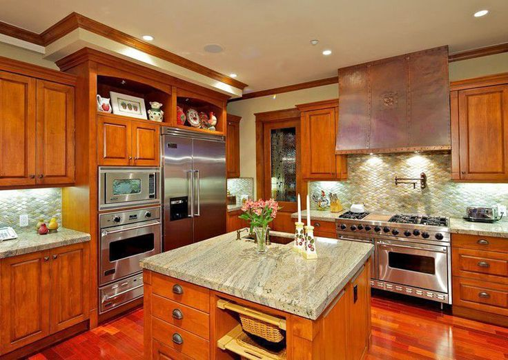 37 Craftsman Kitchens With Beautiful Cabinets