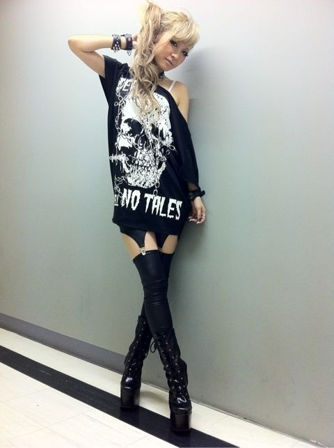 rokku gyaru fashion <3 love the leggings and tall edgy boots