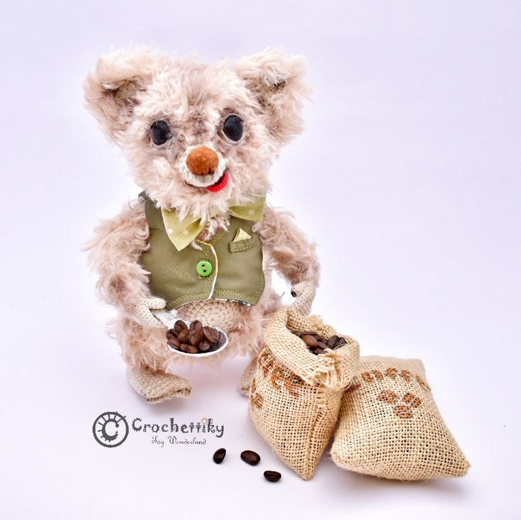 Crochettiky Mouse Oliver and a coffee  Close your eyes... Do you smell a coffee beans? Yes, Mr. Oliver Fecco has just obtained a consignment of Brazil coffee. The best coffee you've ever tried! Would you like some? Wait a minute, Oliver'll weigh a pound for you.  Yarn: soft plush, cotton.  Fill: non-allergenic, polyester fiberfill. Size: approx 24cm high. Plastic eyes.  Wire frame.  Colored with pastel.  Habdmade removable vest.  $154  #crochetaddict #craft #handmadebyme #амигуруми #вязание…