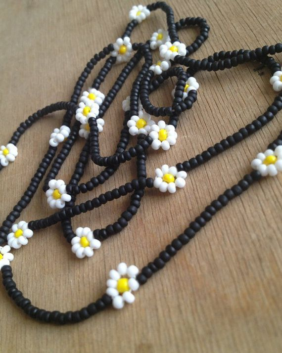 infinity daisy chain necklace - black, yellow, white - matte beads
