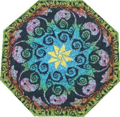 Tapestry Crochet by Esther Holsen. Amazing stuff. I had a hard time picking which one to pin.