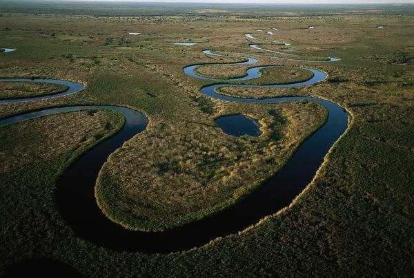 Fotografia di George Steinmetz, National Geographic Creative  Il Delta dell'Okavango, in Botswana