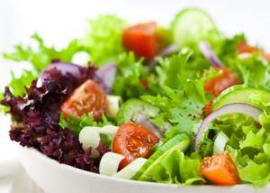 Салаты являются самым популярным кулинарным блюдом | Кулинарные рецепты. Домашняя кухня. Еда в картинках. Кулинария для начинающих. Выпечка, салаты, соусы, десерты.