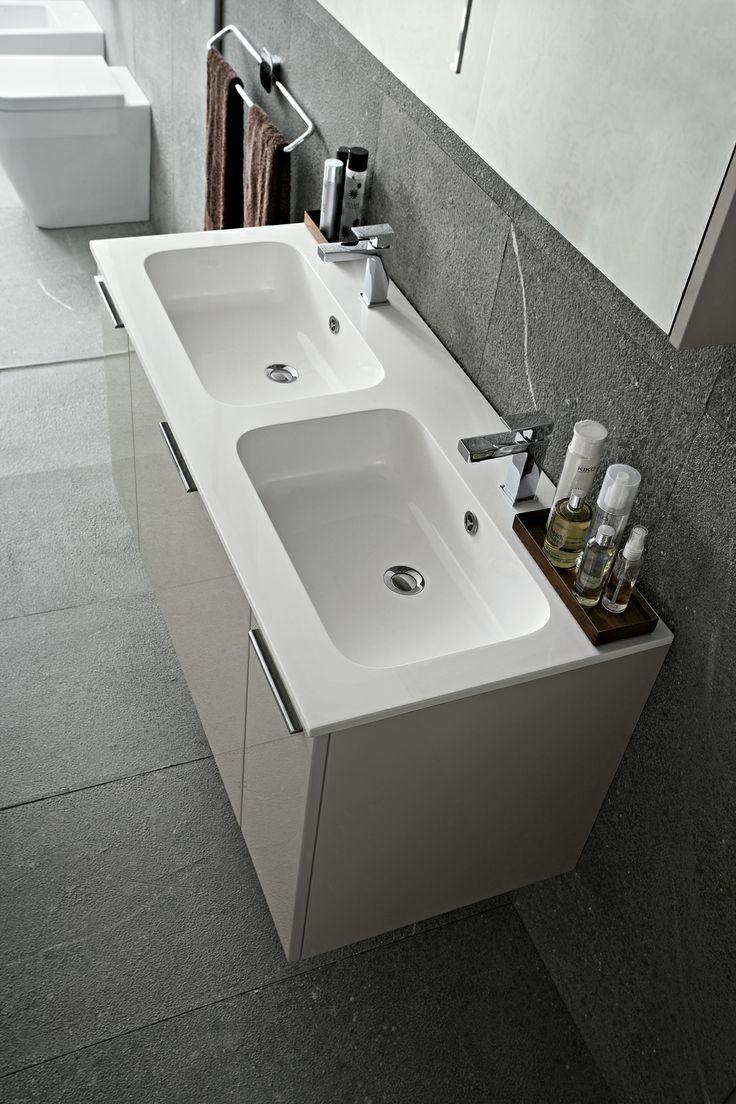 Bagno play con finitura laccato lucido grigio chiaro gl 4 - Piastrelle bagno verde chiaro ...