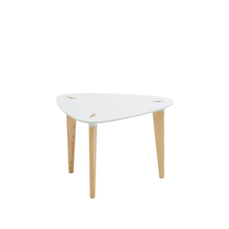 Buff bord trekantigt - Buff bord trekantigt - vit, oljade askben, 55x40 cm