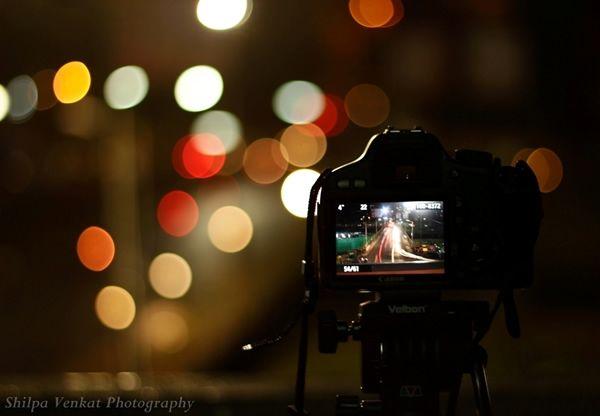 Размытый фон в ночной фотосъемке. Советы и примеры
