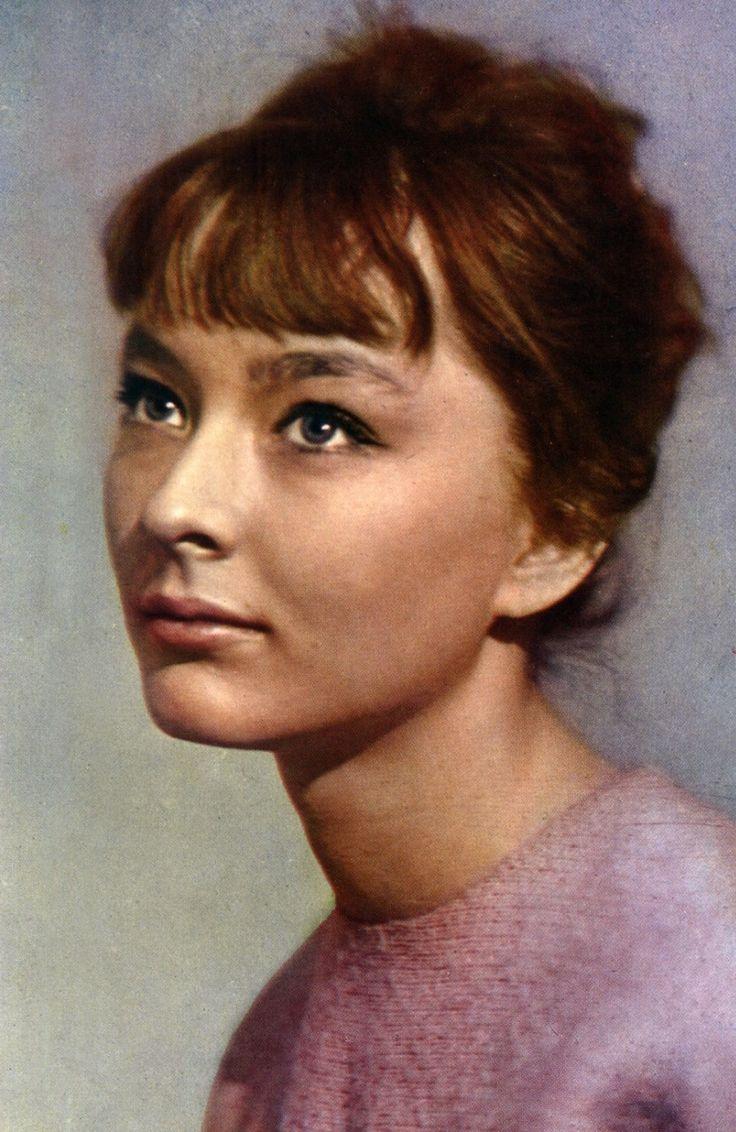 могу смотреть онлайн молодые советские актрисы спермы ударил нёбо