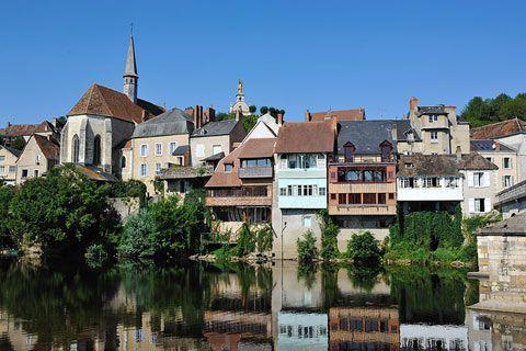 Argenton-sur-Creuse - Indre dept. - Centre region, France       ....francethisway.com