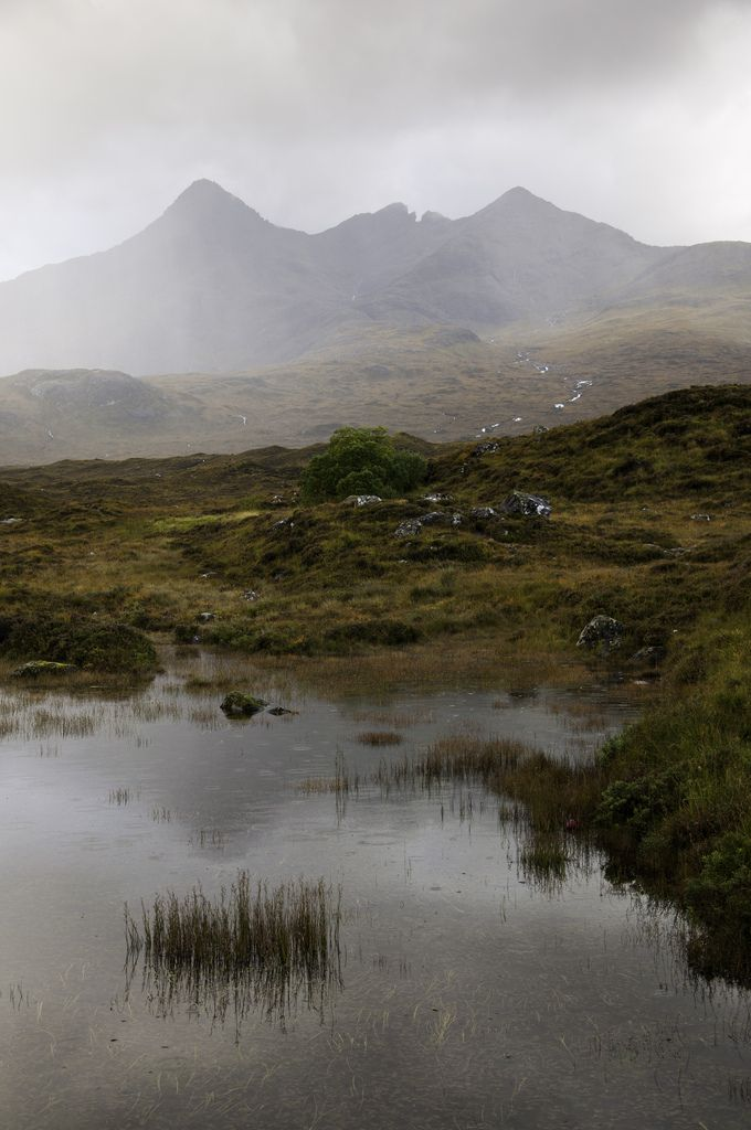 Sligachan, Scotlad (by Keartona)