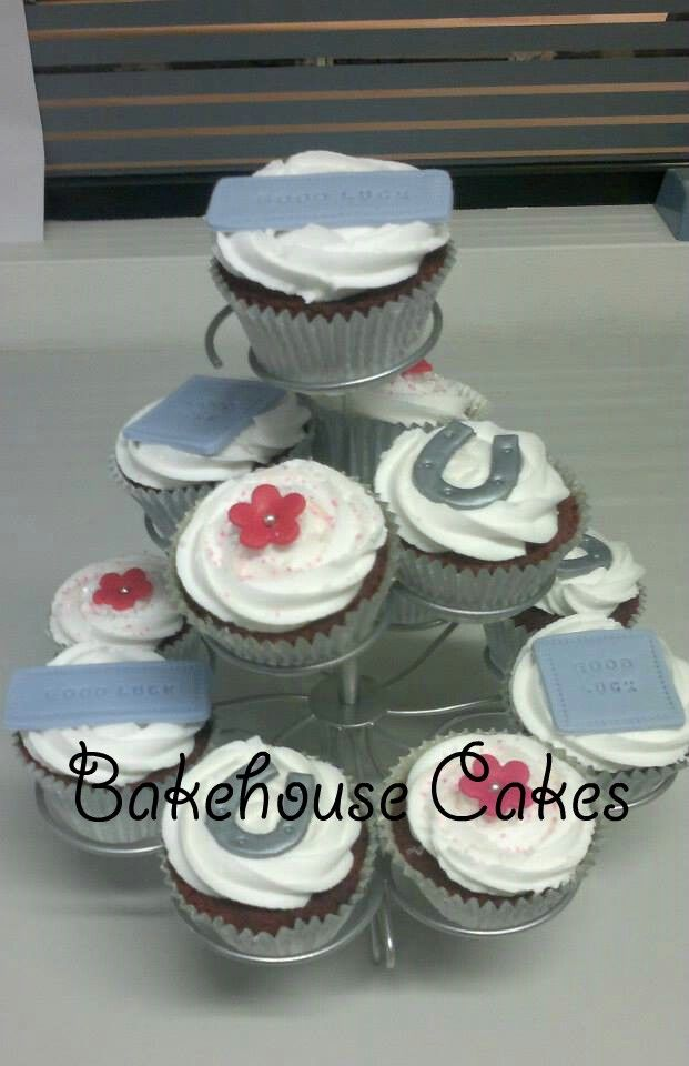 Good-bye & Farewell Cupcakes