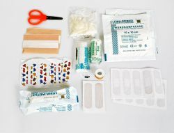 Relags Erste Hilfe Set Standard. Ultraleichtes 1. Hilfe-Set. Grundaussattung.