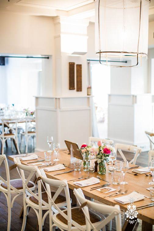 Sunset Room Table for a Watsons Bay Hotel Wedding. Photography by GM Photographics.