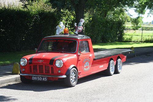 1967 mini morris truck - photo #3