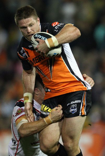 NRL: West Tigers defeat New Zealand Warriors 24-22 - Chris Lawrence   http://footyboys.com