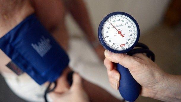 #Bluthochdruck: Wenn das Herz beim Arztbesuch rast - FAZ - Frankfurter Allgemeine Zeitung: FAZ - Frankfurter Allgemeine Zeitung…