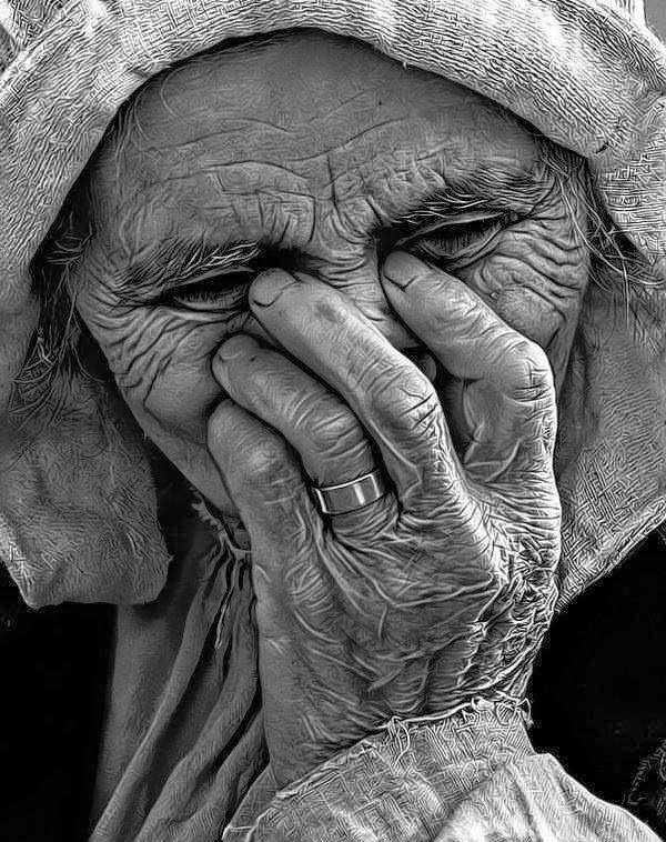 It seems a lot of people are not convinced graphite pencil could do the magic as photograph. In this post, I consolidated 60 mind-blowing pencil drawings that you can assure …