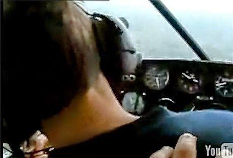 Piloot doet alsof hij flauwvalt (video)