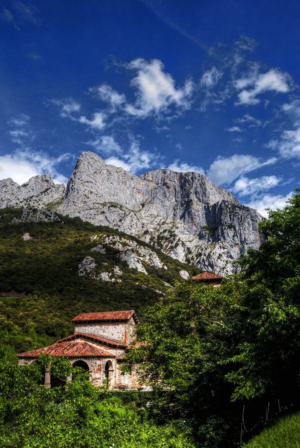 Iglesia de Santa Maria de Lebeña, Picos de Europa. #Liebana #Cantabria #Spain #Travel