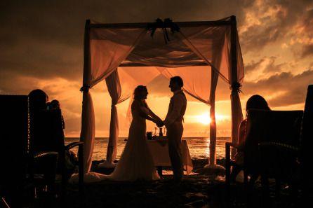 Bodas íntimas y súper románticas en playa. Restaurante la Palapa, Puerto Vallarta