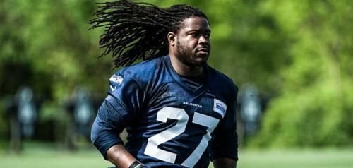 Seattle Seahawks running back Eddie Lacy is slimming down with the help of the same fitness program he used last year, but he wants fans to…