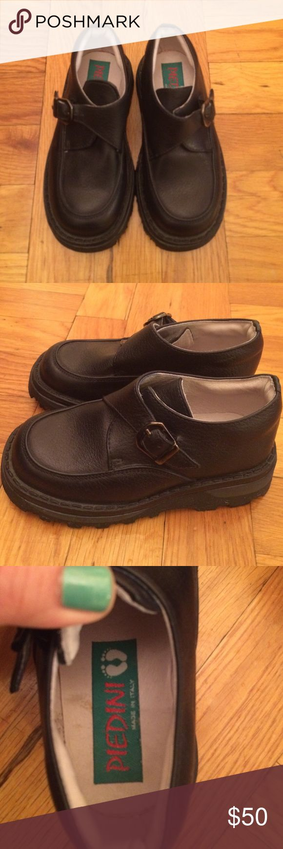 Piedini little boys dress shoes Practicaly new worn only once , dressy very dark navy look like black; made in Italy Piedini Shoes Dress Shoes