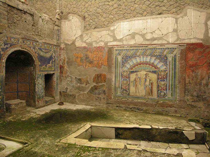 Los restos de las antiguas ciudades romanas de Pompeya y Herculano sepultadas por las erupciones del Vesubio en el 79 d.C.