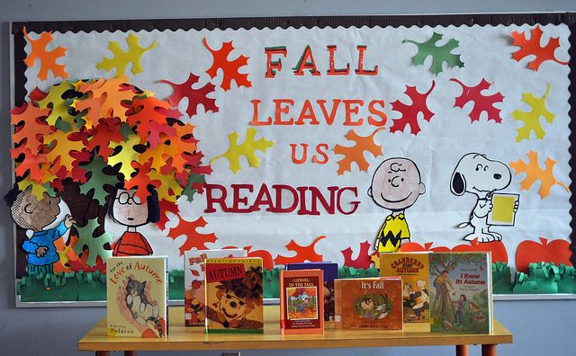"""Fall Leaves Us Reading"" Peanuts library book display"