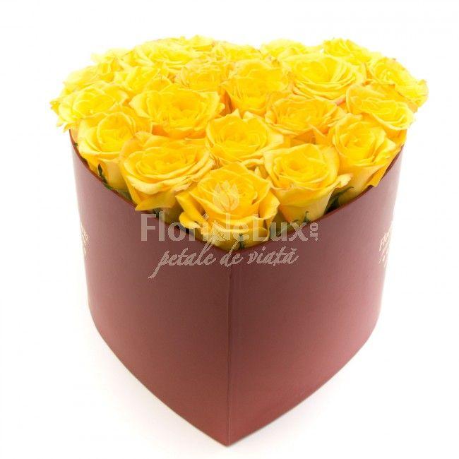 Inima cu trandafiri galbeni, un aranjament delicat cu 25 trandafiri proaspeti, de cea mai bna calitate! Alege acum cele mai frumoase flori cadou pentru cele mai dragi persoane din viata ta!