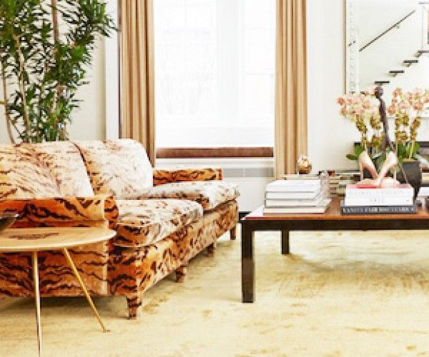 Tour Carole Radziwill's Newly Renovated New York Apartment: Come see the author and reality star's newly refreshed digs. via @mydomaine