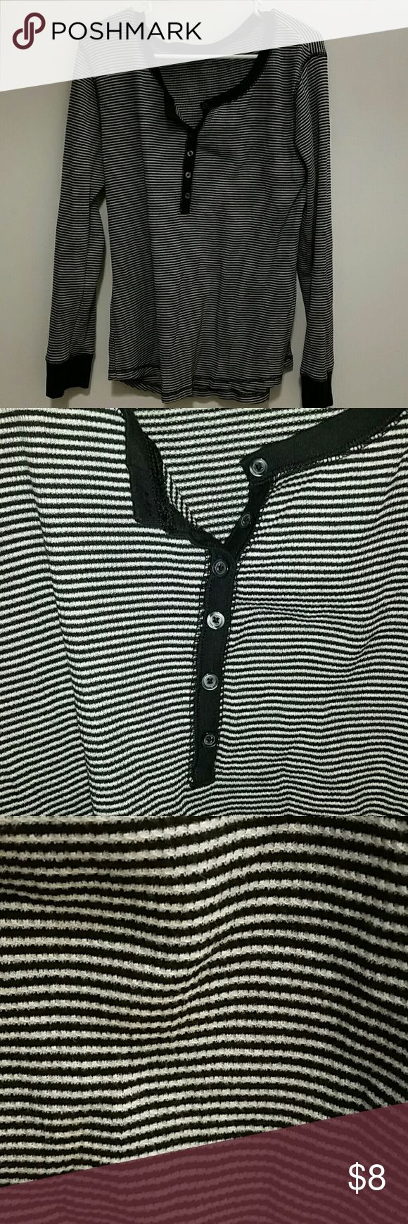 Black t shirt old navy - Black And White Waffle Shirt Old Navy Black And White Waffle Long Sleeve T Shirt
