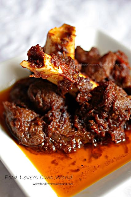 "Food Lover's Own World: ""Pakistani Bhuna Gosht"" in Satyaki da-style"