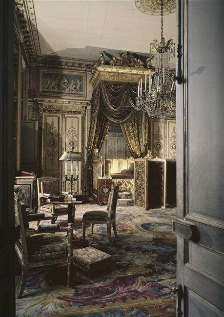 Chambre De L Empereur Chateau De Fontainebleau Pinterest