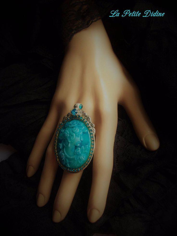 Bague camée, bleu, rétro, vintage, shabby chic, victorien, bijoux camée, anneau argenté, romantique,Cameo ring, Cameo jewelry,Victorian ring de la boutique LaPetiteDidine sur Etsy