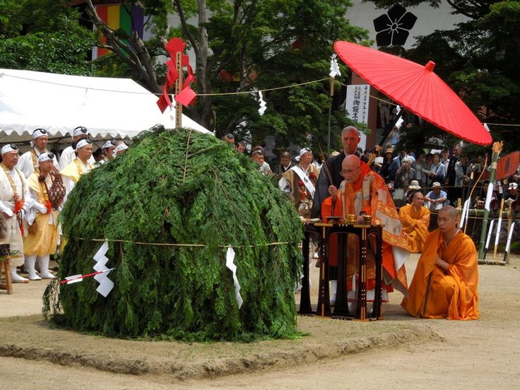 Aoba Festival at Chishakuin temple, Kyoto / 智積院での青葉祭りと住職 京都