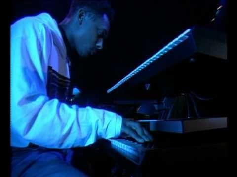 【Derrick May】 Rhythim Is Rhythim Strings Of Life LIVE 1989