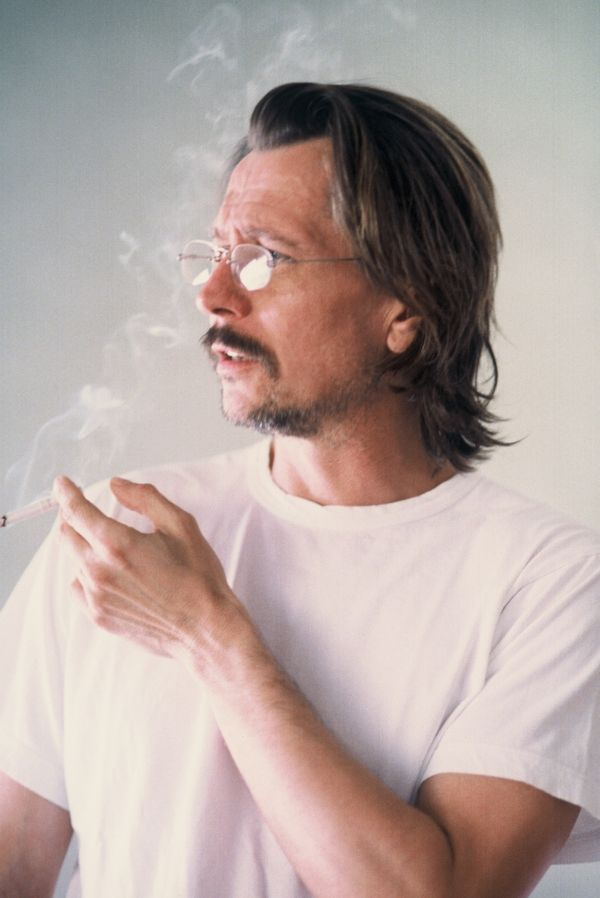 Gary Oldman.    OMG!  I would sooo... love someone like you.  Yummy!