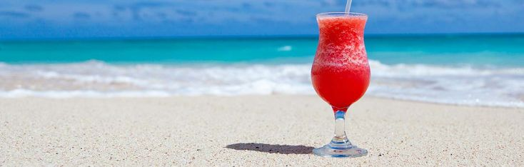 Here is a comprehensive list of the best beach drinks to order at all-inclusive resorts (with drink recipes!)