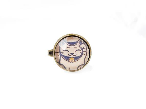 Maneki Neko  adjustable ring 12mm glass dome photo cabochon
