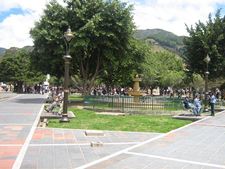 Foto del parque principal de Pamplona, Norte de Santander, Colombia