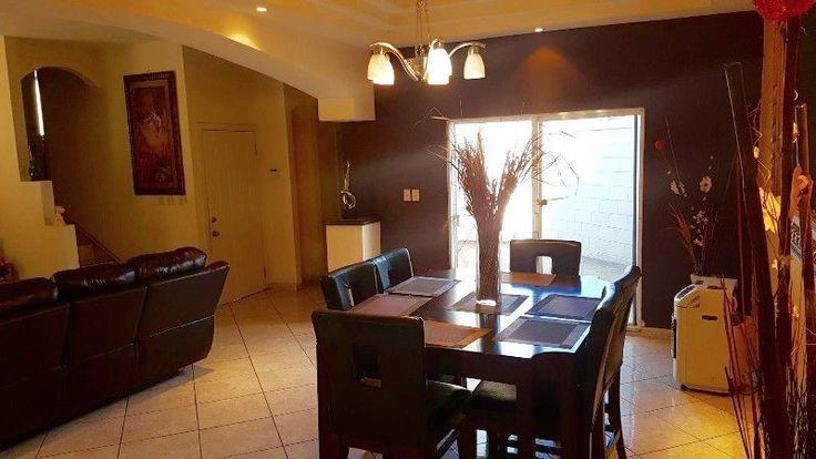 Casa de 3 recamaras 2 y medio ba os sala comedor cocina for Recamaras y comedores
